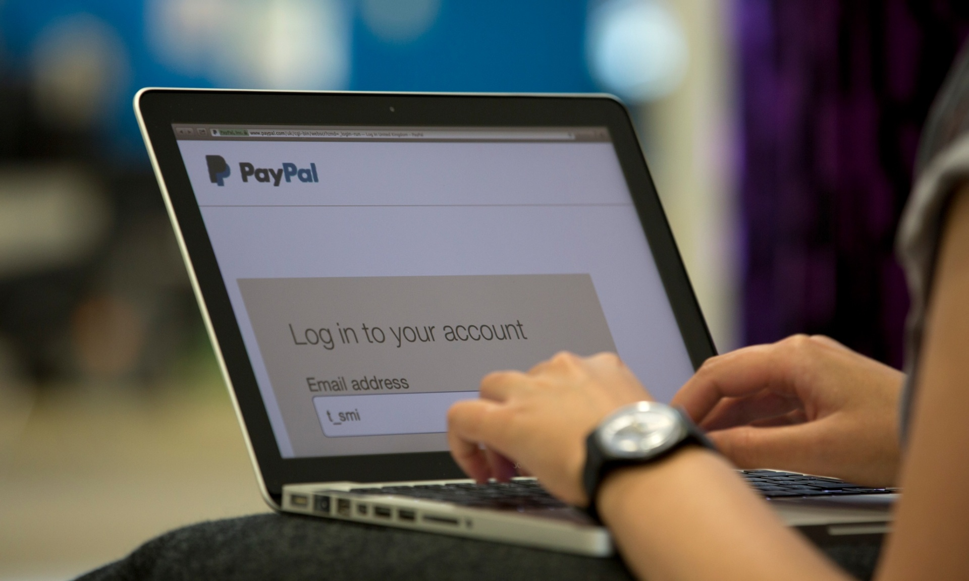 PayPal blocks Iranian human rights group's account over sanctions